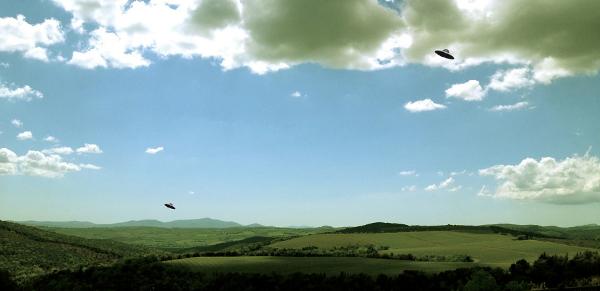 Ra Di Martino, Paesaggio con dischi volanti (Castelgiocondo), 2012