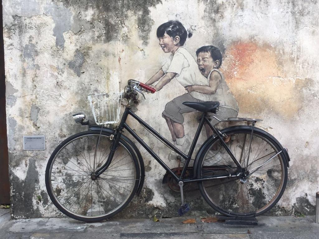 La street art ad Armenian Street