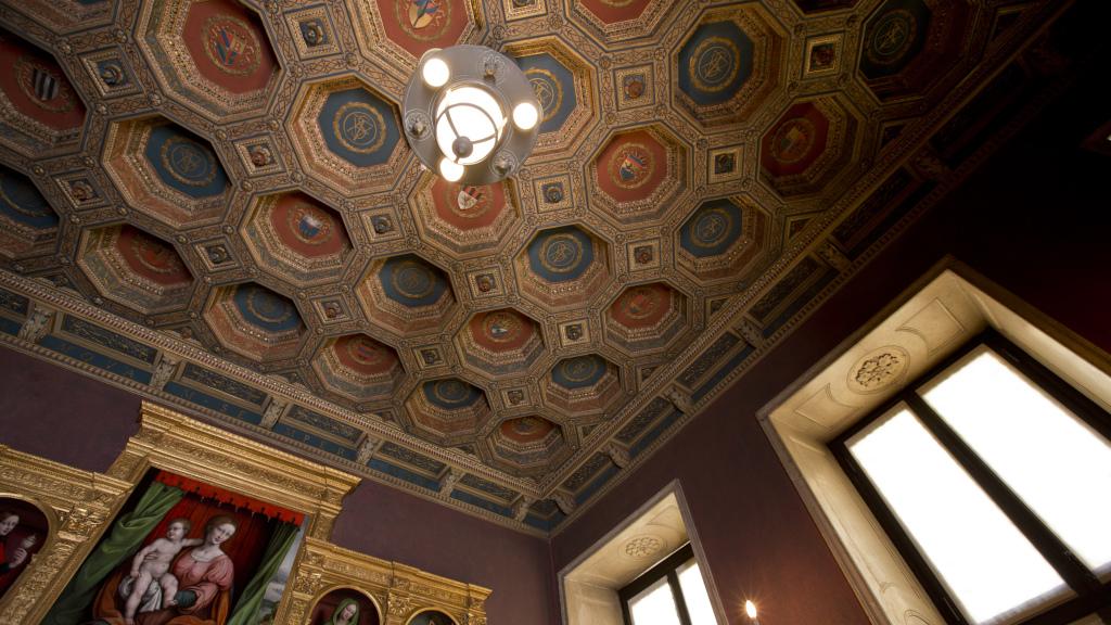 Il soffitto dalla Sala della Stufa Valtellinese